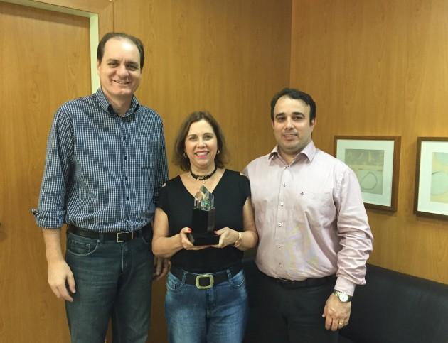 dr pedro dra fabiola e dr gediel premio arquitetura